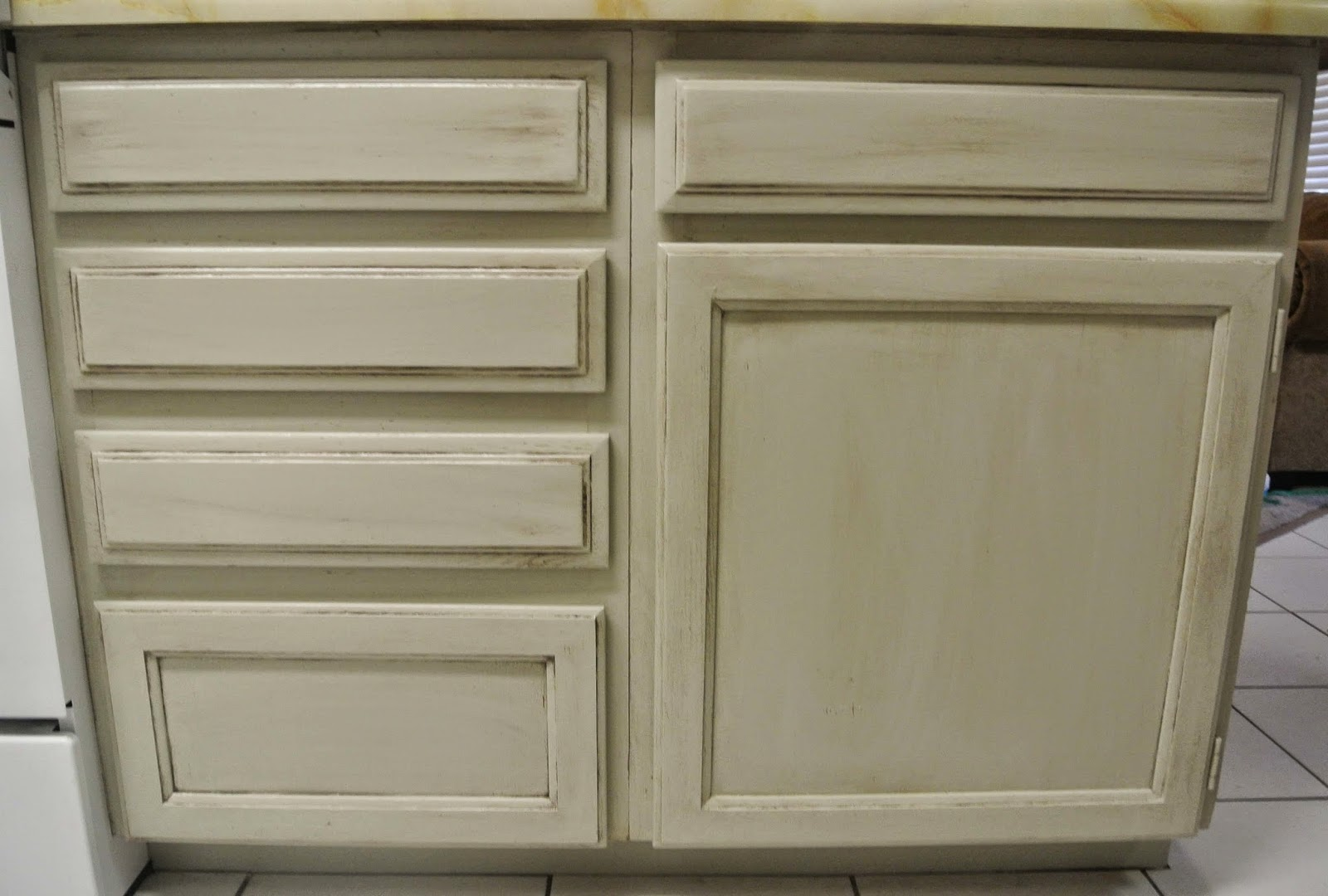 kitchen cabinet makeover with madame butterfly chalky